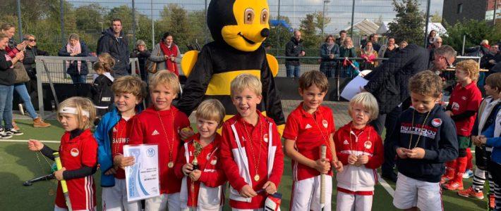 Hockeybambinos beim 1. Moerser Hornissencup