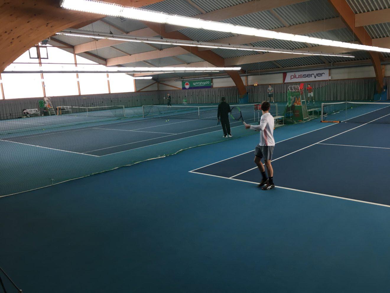 Attraktive Tennis-Hallenzeiten frei geworden