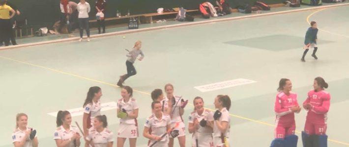 """8:2: RW-Damen gewinnen """"konfuses Spiel"""""""