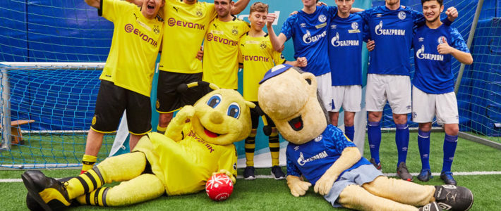 Auf Schalke! Unified Challenge zwischen Bastian Oczipka und Andreas Mies
