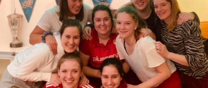 Hockey: 2. Damen steigen in die Regionalliga auf